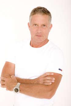 Dr. Georg Pfau